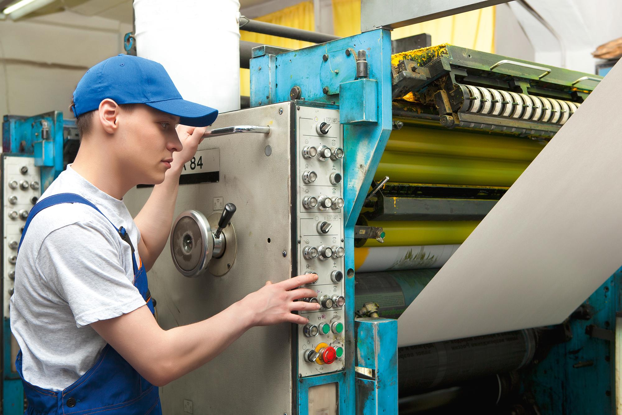 Ausbildung zum Medientechnologen Druck/Siebdruck bei A.S. Création in Gummersbach und Wiehl