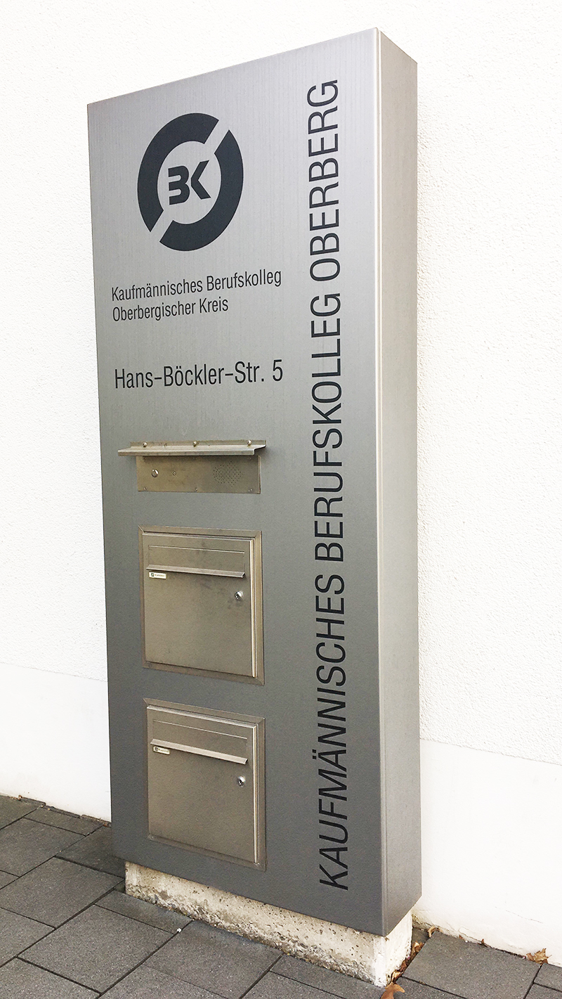 Berufsschule der auszubildenden Industriekaufleute von A.S. Création in Wiehl und Gummersbach