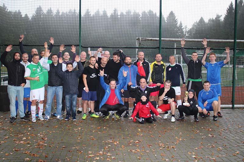 A.S. Création Fußballspiel