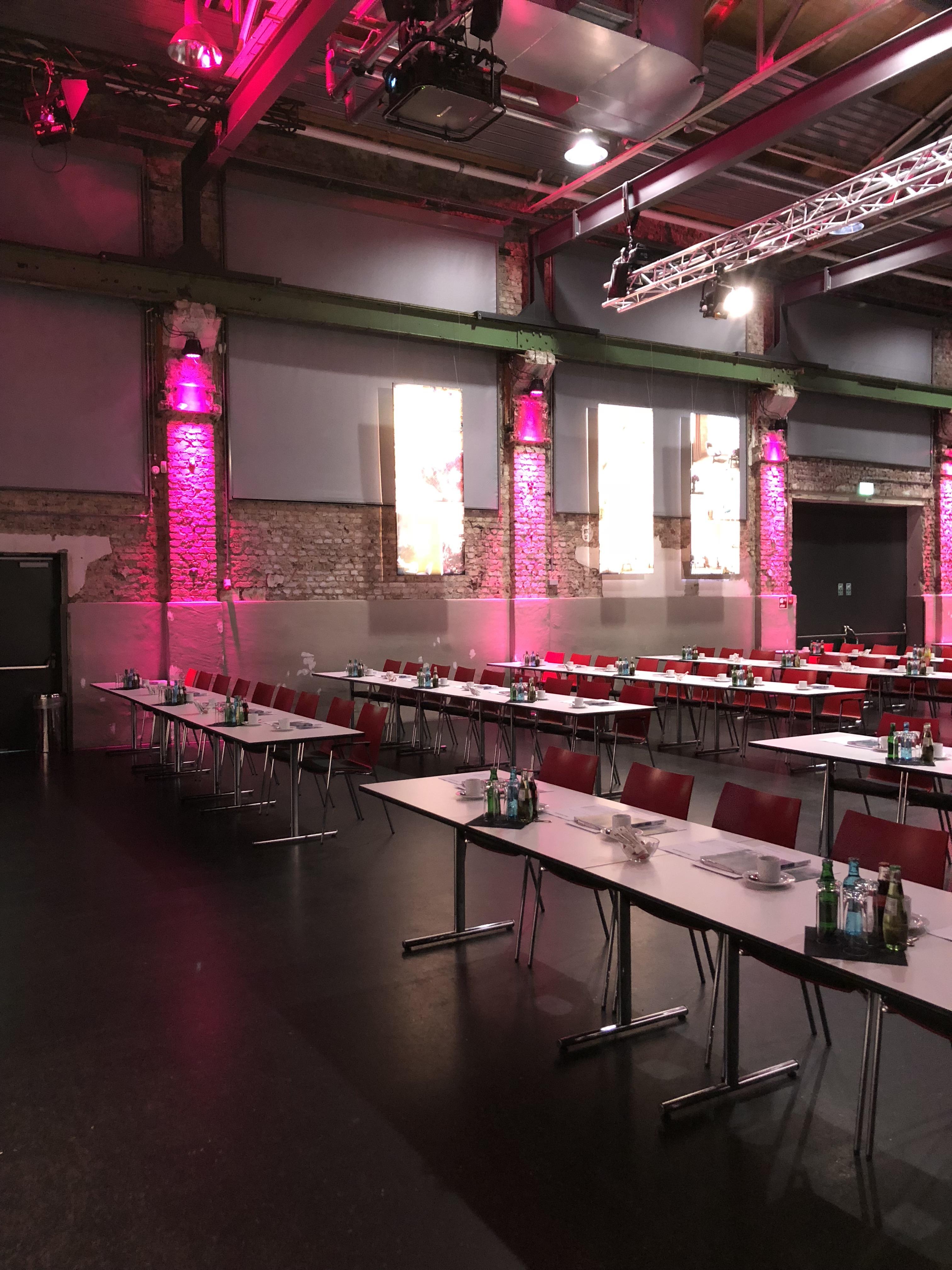 Halle 32 - Hauptversammlung 2018 A.S. Création